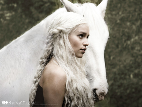 daenerys-targaryen-hair-style-game-of-thrones